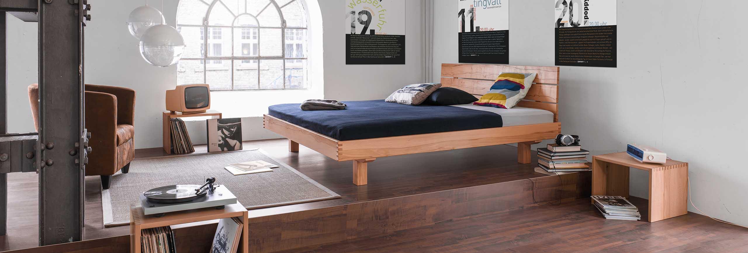 betten aus massivholz in frankfurt dormivital frankfurt. Black Bedroom Furniture Sets. Home Design Ideas